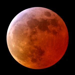 """""""Totale maansverduistering"""" - openstelling van 04.00 - 08.00."""